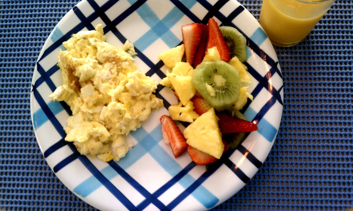 Cape Cod Vacation 2012:  Scrambled Eggs with Fruit