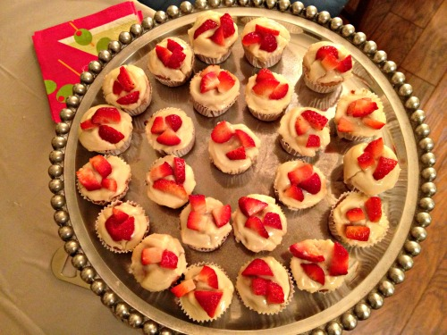 Mini Strawberries & Cream Cupcakes