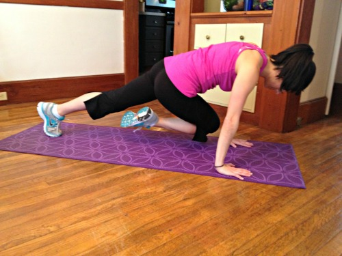 Plank cross knee to chest
