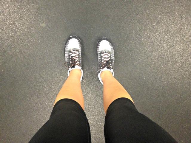 HKNB 1600 Sneakers