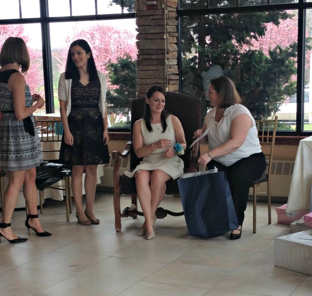 Slesh's Bridal Shower: Gifts