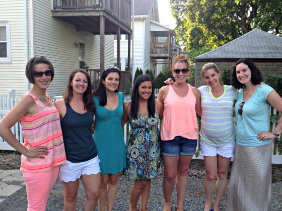 Engagement BBQ: Friends
