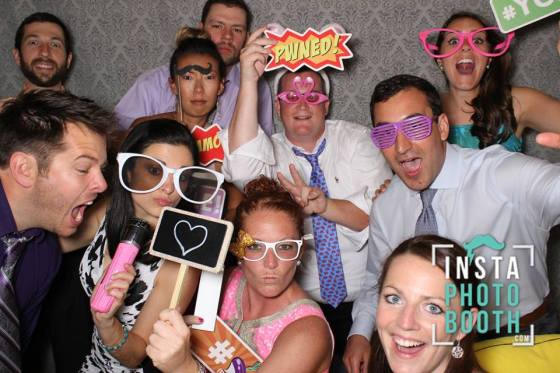Katrina and Geoff's Wedding: photo booth